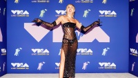 Miley Cyrus to Perform for Healthcare Workers at the Super Bowl's TikTok Tailgate