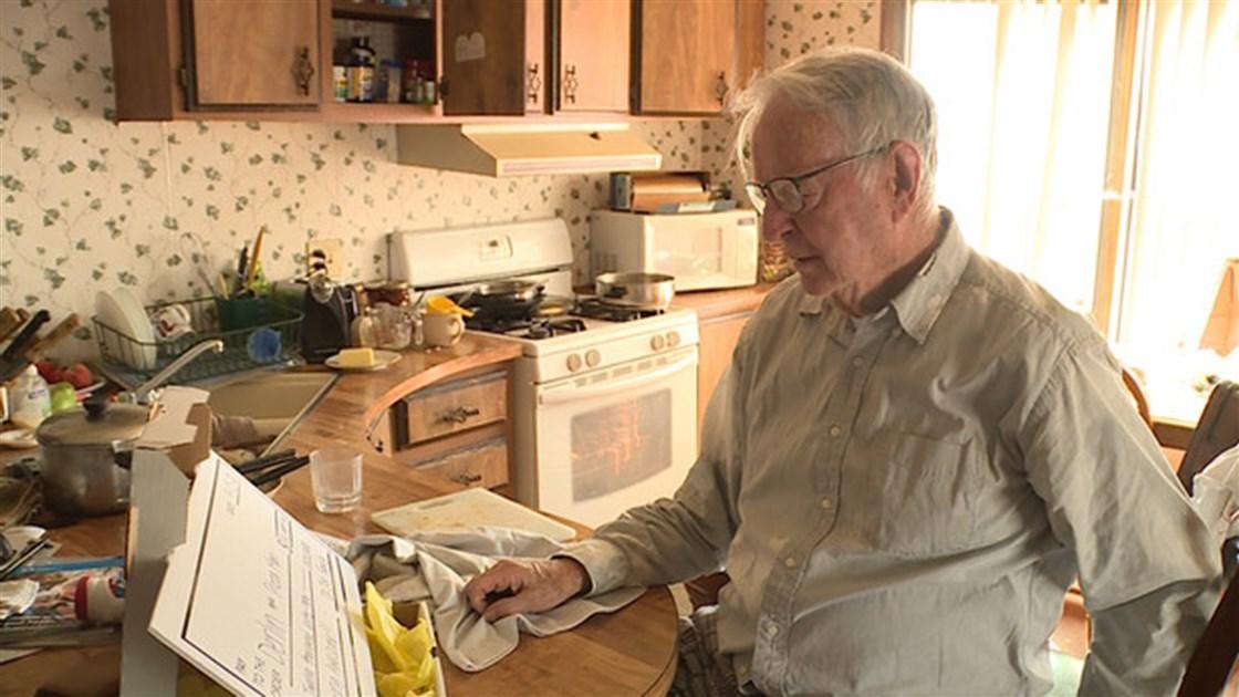 89-Year-Old Pizza Deliveryman Gets Surprise K Tip