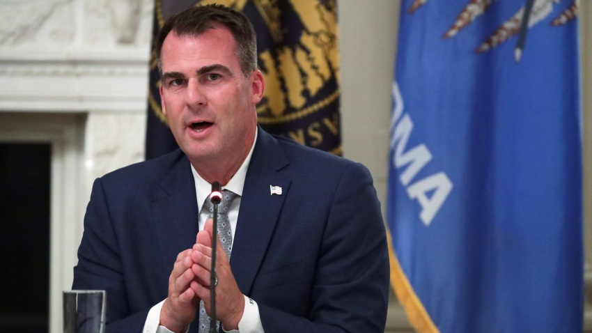 Gov. Kevin Stitt speaks at roundtable