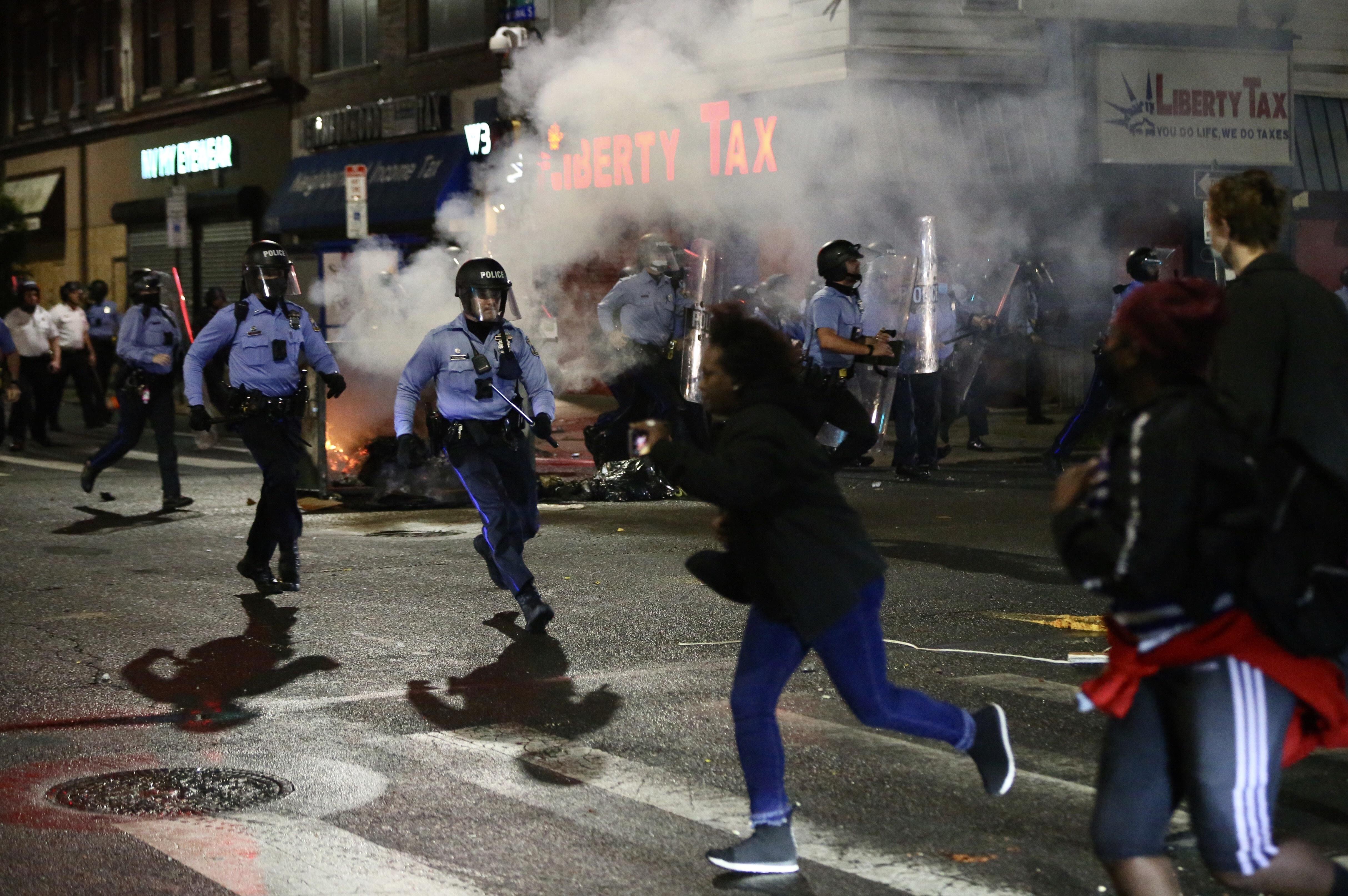 Violence Tears Through West Philadelphia, Other Neighborhoods After Police Shoot, Kill Walter Wallace Jr.; 30 Officers Hurt – NBC10 Philadelphia