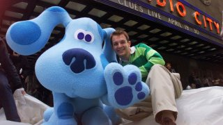 Steve Burns and Blue of the television program (34)Blue's C