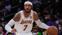 Carmelo Anthony Passes Moses Malone for 9th on NBA's Scoring List