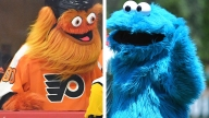 Little Boy Preciously Confuses Flyers Mascot Gritty for Cookie Monster