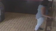 Mom Uses Daughter to Steal from Chinese Restaurant: Police