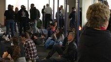 Atlanta Airport Loses Power, Trapping Travelers