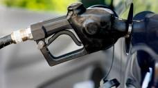 $15 Minimum Wage Would End Pumped Gas in NJ: Lt. Gov.