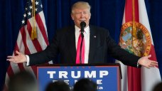 Trump, Pence Campaign in Pa. After Mixed Messages on Russia