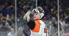 Flyers Fans Prepare for Stadium Series