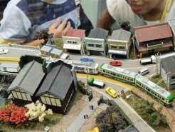 A Model Train Christmas