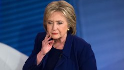 Clinton Makes a Personal Pitch to N.H. Voters