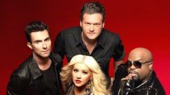 """""""The Voice"""" Recap: Candlelit Newtown Tribute"""