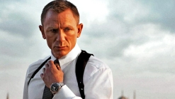 """""""Skyfall"""" Gives Bond a Classic Update"""