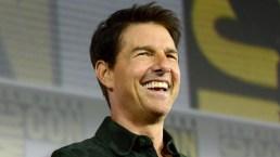 Tom Cruise Crashes Comic-Con To Premiere 'Top Gun' Sequel