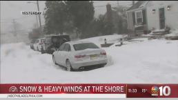 New Jersey Deals with Leftover Snow in Bitter Cold