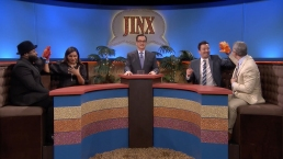 'Tonight': 'Jinx' With Mindy Kaling and Andy Cohen
