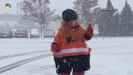 Gritty Enjoys First Snow as New Flyers Mascot