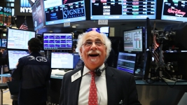 US Stocks Claw Back Half Ground Lost Post-British Vote