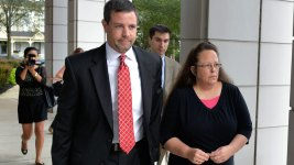Gay Marriage-Objecting Clerk Closes Office Before Protests