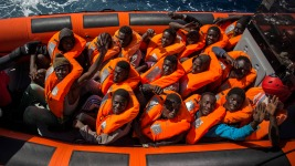 19 Dead, 25 Missing as Migrant Boat Capsizes North of Cyprus