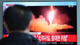 N. Korea, Setting Stage for Talks, Halts Nuclear Tests