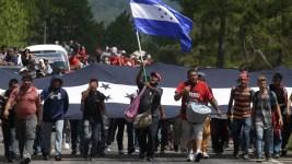 Trump Warns of Aid Cut Over Migrant Caravan Now in Guatemala