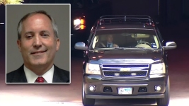 Texas AG Booked, Indictments to be Unsealed