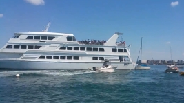 Cruise Ship Carrying Students Hits 6 Boats in Boston Harbor