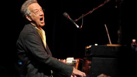 Doors' Founding Member Ray Manzarek Dies at 74