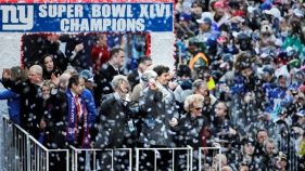 Thousands Cheer Giants, Super Bowl Champs