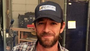 'Riverdale' Cast Honors Luke Perry With 'Beautiful' Tribute