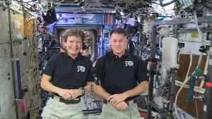 Peggy Whitson Completes 8th Spacewalk