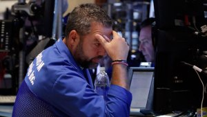 Sinking Currencies Signal Jitters on Emerging Economies
