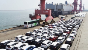 Trump Admin. Will Delay Auto Tariffs for Up to 6 Months