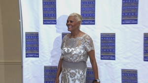 Singer Dionne Warwick Receives Philly Arts Honor