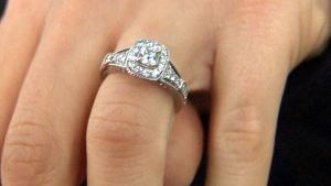 Man Sees Vera Wang Diamond Ring on Sidewalk, Finds Its Owner