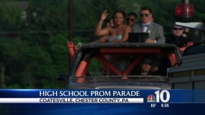 Pa. High Schoolers Take Unique Rides to Prom