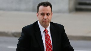 Ex-Subway Pitchman Fogle Gets 15 Yrs in Child-Sex Case