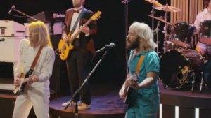 Paul Rudd and Jimmy Fallon Debut Music Video