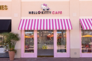 Photos: Hello Kitty Cafe Opens in Southern California