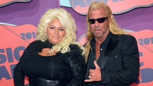 Dog the Bounty Hunter's Wife Beth Chapman in Medically Induced Coma Amid Cancer Battle