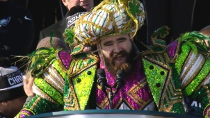 Kelce Making More Use of His Eagles Parade Mummers Outfit