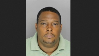 Dad Accused of Punching Wawa Customer for Allegedly Ogling Daughter Surrenders to Police