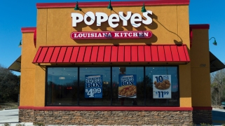 Man Who Choked on Popeyes Chicken Drops Lawsuit