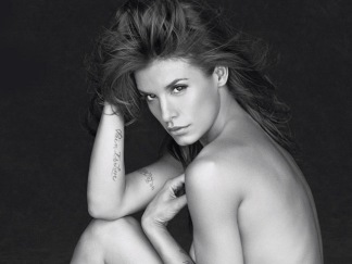 Bare-It-All PETA Ads: Elisabetta Canalis' Sexy Shoot