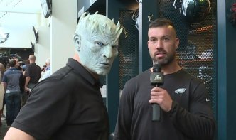 Zach Ertz, Eagles Players Totally Nail Their Reviews of 'Game of Thrones' Final Season
