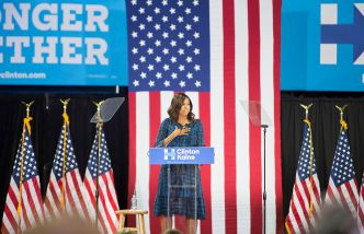 Michelle Obama: 'We Need an Adult in the White House'