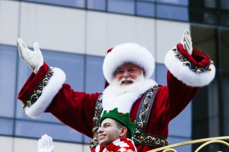 Teacher Who Spoiled Santa Won't Return to NJ School