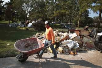 Immigrants Are Sought for Labor Shortage in Harvey Recovery