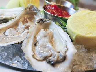 1/18: Pub Prizes, Pool and Seafood Picks