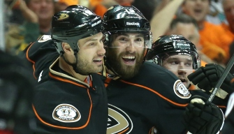 Ducks Roast Flames 6-1